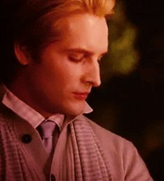 Fan Art of Carlisle for fans of Carlisle Cullen. http://fromthemiddleoftheocean.tumblr.com