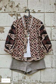 Great look! #batik #casualwear