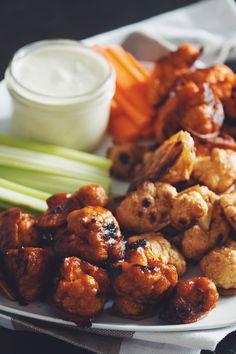 vegan cauliflower wings 3 ways & ranch dip Vegetarian Recipes, Cooking Recipes, Healthy Recipes, Snack Recipes, The Ranch, Ranch Dip, Hot Wing Sauces, Cauliflower Buffalo Wings, Vegan Cauliflower