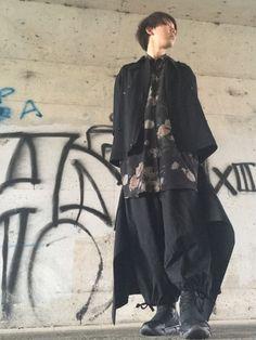 最近、土日が台風の影響で全く私服が着れず泣きそうです。 欲しい服は増える一方なのに、買っても着ること