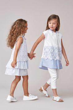 Poplin dress with ruffles Fashion for girls