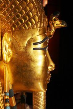 TOMB OF KING TUTANKHAMUN.........SOURCE EGYPTOURISM.COM..............