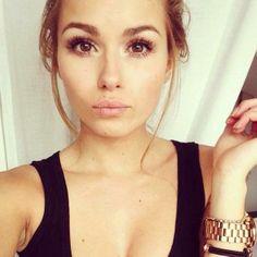 beautiful eyes makeup brwon eyes girl