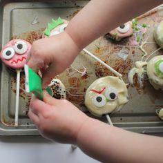 halloween oreo pops recipe by little button diaries baking with kids