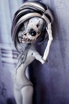 Fantasy | Whimsical | Strange | Mythical | Creative | Creatures | Dolls | Sculptures | by gama