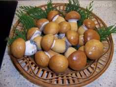 Decembrové hríby (fotorecept) - recept | Varecha.sk Toffee Bars, Desert Recipes, Christmas Cookies, Ale, Eggs, Homemade, Baking, Fruit, Vegetables