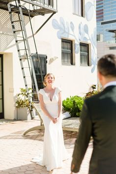 Hotel Figueroa Wedding Photos | Colorful Los Angeles Wedding Photos | California wedding photos all the way from Palm Springs to San Francisco. Get all the inspo for your Downtown Los Angeles wedding on my boards ✨ #losangelesweddingphotos #hotelfigueroa #hotelfigueroawedding Source: Cheers Babe Photo | Los Angeles California Wedding Venues, Best Wedding Venues, Royal Films, Candid Wedding Photos, Wish Dresses, Southern California, Palm Springs, Cheers, San Francisco