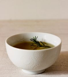 TALES FROM THE CUSP: Homemade Rosemary Tea