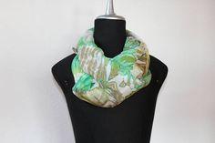 delicata sciarpa leggera e morbida in seta tinta a mano/arashi Retail Therapy, Handmade, Crafts, Stuff To Buy, Etsy, Shopping, Accessories, Vintage, Art