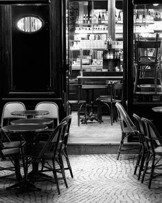 Paris Noir 2 Black and White Photography -repinned from Los Angeles County & Orange County photography studio http://LinneaLenkus.com