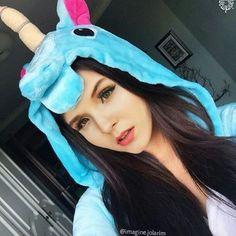 o unicornio mais lindo que eu ja vi em toda minha vida linda te amo muito muito muito muito