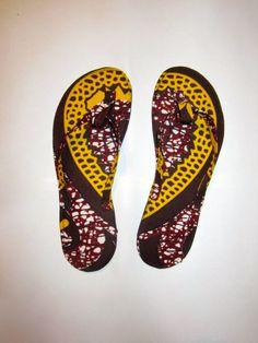 tong chaussure CéWax http://www.alittlemarket.com/boutique/cewax-173629.html Style ethnique tissus africains, Ankara, african men fashion prints pattern fabrics, wax,, kente, kitenge, kanga, bogolan, pagne, mud cloth, woodin…