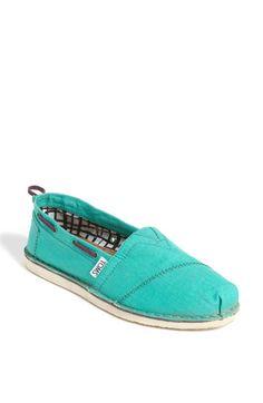 Toms. Spring shoe buy.