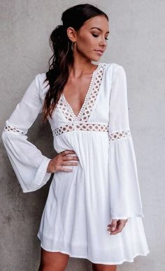 Here is all that you need to know about all white outfit ideas for ladies. slay every occasion with these all white outfit ideas. Fall Fashion Trends, Boho Fashion, Autumn Fashion, Fashion Outfits, Womens Fashion, Ankara Fashion, Africa Fashion, Fashion 2018, Spring Dresses