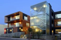 Urban Oasis: Gardner 1050 by Lorcan O'Herlihy Architects(st.) Infill Apartment Building: West Hollywood, CA