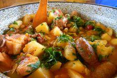 Retete Culinare - Gulas la ceaun - 1000