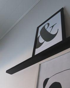 Mustavalkoiset sisustustaulut kuuluvat skandinaaviseen sisustukseen Nike Logo, Logos, Art, Art Background, Logo, Kunst, A Logo, Performing Arts