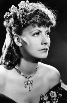 "Bull, Clarence Sinclair: Greta Garbo as ""Anna Karenina""; Greta Garbo for ""Ninotchka"". 1935"