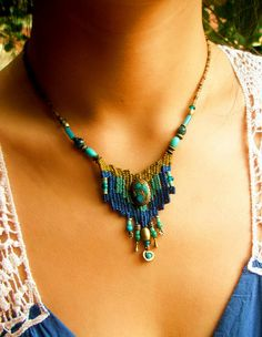 ~ weaving jewelry ~   small cute necklace