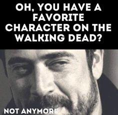 Jeffrey dean morgan as Negan / twd funny Walking Dead Funny, The Walking Dead Tv, Twd Memes, Dead Zombie, Stuff And Thangs, Daryl Dixon, Zombie Apocalypse, Fangirl, Tv Shows