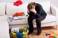 Er du ved at være træt af det hele, så skulle du måske brug nogle af dine penge på rengøring og på at købe mere tid.