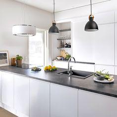 Kitchen Island, Kitchen Cabinets, Modern, Table, Furniture, Home Decor, Design, Island Kitchen, Trendy Tree