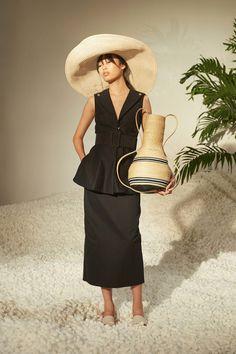 Rosie Assoulin Spring 2017 Ready-to-Wear Fashion Show