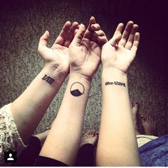@feuchtcc @chloefeucht the best sisters a girl could ever ask for. Happy #siblingsday! #sisters #sistertattoo #tattoos