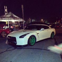 Fresh looking Nissan GTR with Green Wheels!