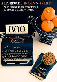 Resultado de imagem para halloween book decorations