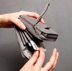 iPhone Wallet - 4 / 4S - La Vorte $99
