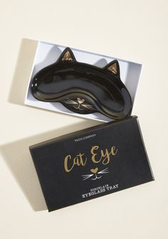 See Mew Again Glasses Dish Crazy Cat Lady, Crazy Cats, Ceramic Pottery, Ceramic Art, Black Contact Lenses, Cute Storage Boxes, Cat Company, Metallic Gold Paint, Clay Crafts