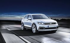 The 2018 VW Golf SUV makes its way into entry-level SUV segment with a bang. Unlike most of its competitions, the German automaker has failed to achieve much regarding their SUV production till date.