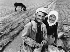 Man and Woman with Donkey, Bulgaria, 1987 - Jacko Vassilev (1951), Bulgarian