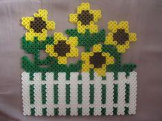 Fenced in Sunflowers by PerlerHime - Kandi Photos on Kandi Patterns Perler Bead Designs, Hama Beads Design, Diy Perler Beads, Perler Bead Art, Pearler Beads, Fuse Bead Patterns, Perler Patterns, Beading Patterns, Kandi Patterns