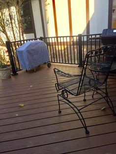 Customer favorite Westbury Tuscany blends of sophistication and strength. These kits make installation simple since rails, balusters, and brackets all arrive to you all in one package. Coordinate Deck Lighting, Gates, or a Continuous Handrail too! Deck Railing Kits, Metal Deck Railing, Deck Railing Systems, Steel Railing, Wall Mounted Handrail, Aluminum Handrail, Outdoor Tables, Outdoor Decor, Deck Lighting