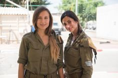 Sgt. Tess & Sgt. Carmel From the IDF Combat Intelligence Corps [1266x845]