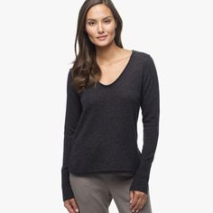 CASHMERE SOFT V-NECK SWEATER   James Perse Los Angeles