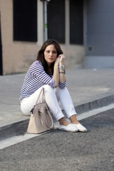 Miss Waters - Clear days: http://miss-waters.blogspot.com.es/2014/04/clear-days.html #fashion #ootd #stripes #espadrilles