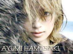 日本を代表する女性アーティストである、「浜崎あゆみ」さんです    http://torevo.jp/