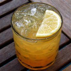 The Woodland. Bourbon, honey, lemon. #drink #bourbon #kysa