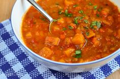 Slimming Eats Spicy Sweet Potato, Red Pepper and Carrot Soup - gluten free, dairy free, vegetarian, paleo. Slimming World and Weight Watchers friendly Vegetarian Recipes, Cooking Recipes, Healthy Recipes, Healthy Soups, Slimming World Soup Recipes, Helen Recipe, Carrot And Lentil Soup, Weightwatchers Recipes, Slimming Eats