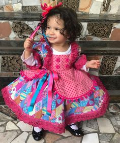 A imagem pode conter: 1 pessoa, em pé e criança A Day In Life, Tutu, Doll Clothes, Harajuku, Party Dress, Halloween Costumes, Alice, Girls Dresses, Fashion