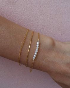 Stylish Jewelry, Cute Jewelry, Luxury Jewelry, Gold Jewelry, Vintage Jewelry, Jewelry Accessories, Fashion Jewelry, Jewelry Design, Simple Bracelets