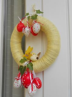 húsvéti ajtódísz - Google keresés Happy Easter, Jar, Christmas Ornaments, Decoration, Holiday Decor, Spring, Google, Home Decor, Happy Easter Day