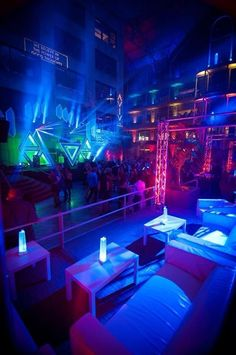 Pub Design, Lounge Design, Restaurant Design, Hookah Lounge, Bar Lounge, Bar Pub, Ibiza Party, Nightclub Design, Neon Room
