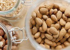 Comidinhas deliciosas que melhoram o desempenho do seu cérebro. Rebecca Katz, uma das pioneiras quando se trata de receitas voltadas para a dieta do cérebro, conta quais são algumas delas