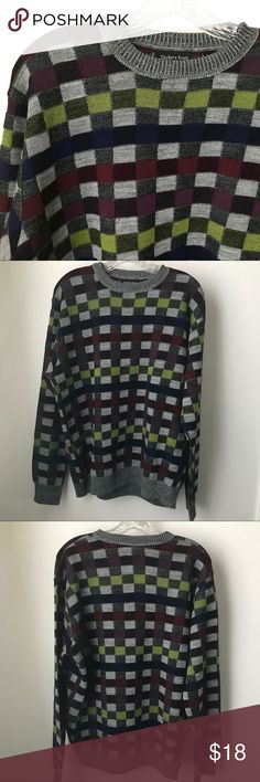 """Zachary Scott Men's Sweater Size L Ladies, I don't know about you but I could give a hoot if a sweater is """"mens"""" or """"woman's"""". If it's cool and it fits I'm in! This is one of those sweaters. I just love the colors and the shapes. It's all acrylic but has a """"Cashmere feel"""", even notes it on the tag. Never seen that before!  Shoulder to hem: 26"""", outer sleeve: 25"""", pit to pit: 25"""".   Shop smart by maximizing your shipping $. Use the filter function and peruse my closet of over 1,000 items…"""