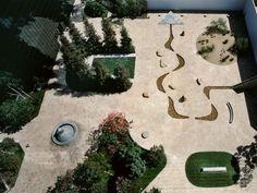 "Isamu Noguchi:""California Scenario Sculpture Garden"" Costa Mesa, California, © City of Costa Mesa and The Isamu Noguchi Foundation and Garden Museum. Urban Landscape, Landscape Design, Garden Design, Isamu Noguchi, Garden Cactus, Herb Garden, Terracotta, Land Art, Landscape Architecture"