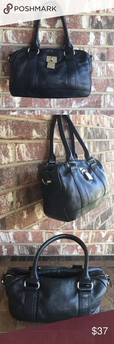 """CALVIN KLEIN Genuine Leather Bag Preowned in excellent condition. Soft Leather.Size H- 8,5"""". ,L -12"""" . D - 4,5"""" HD -9"""" Calvin Klein Bags"""